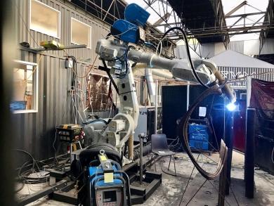 В Амстердаме роботы «напечатали» первый в мире стальной мост, используя сварочное оборудование SAF-FRO